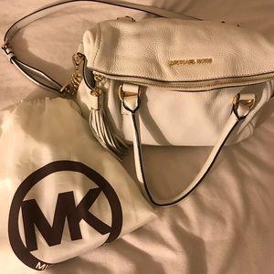 A white purse